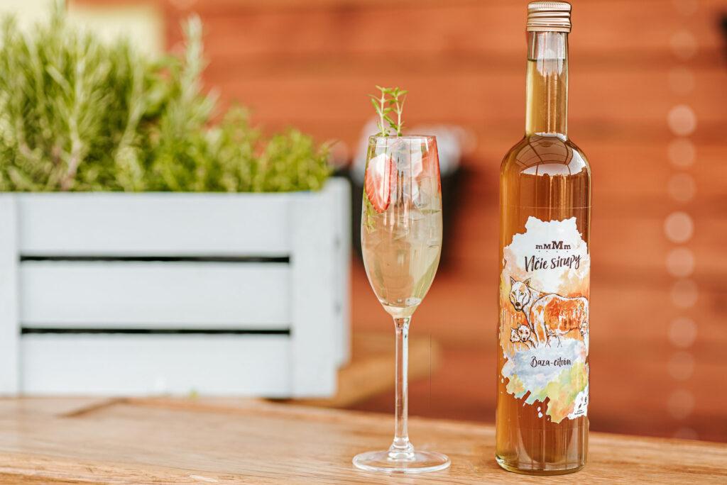 Leto svínom na terase – Jednoduché drinky z Prosecca zvládne každý