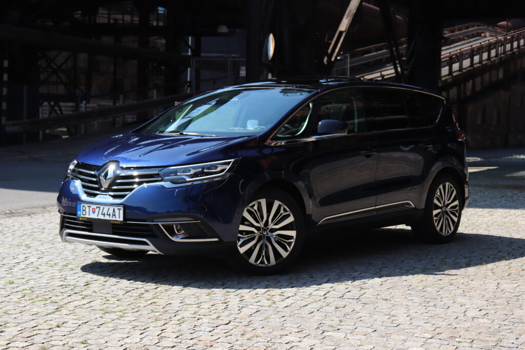 Test: Renault ESPACE Initiale Paris Blue dCi 200 EDC